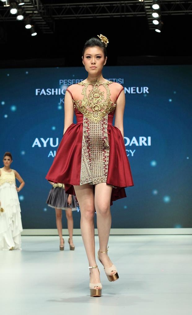 IFW 2013 # 219 Ayu Dyah Andari – Aura of Elegancy