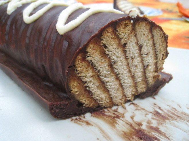 Rulo de chocolate y galletas María: | 20 Recetas deliciosas que puedes hacer con galletas María