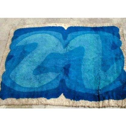 Tappeto a pelo lungo produzione Paesi nordici anni 60 colori blu e azzurro