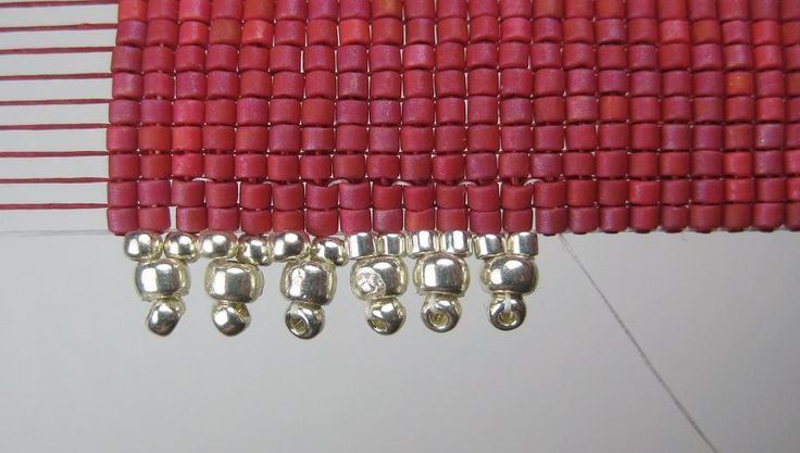 Different ways to add beaded edge-Beads Beading Beaded, with Erin Simonetti: Having the edge on!