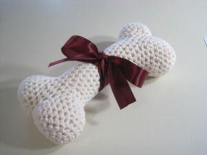crocheted dog bone ~ pattern: Crochet Pet, Dogs, Dog Bones, Bone Ami, Crocheted Dog, Crochet Patterns