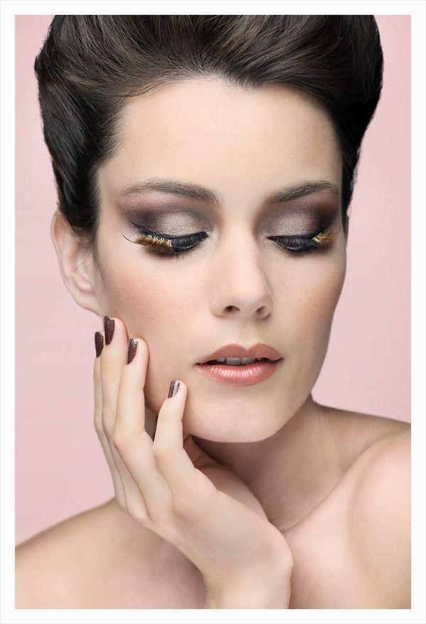 Vogue Turkey Beauty Extreme Eyelashes 60s Makeup Eyelash