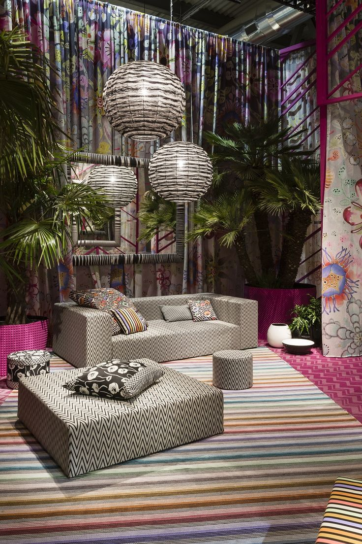Black and white outdoor furnishings with bold stripes and zigzags from the Poppies Outdoor collection by MissoniHome, presented at Salone del Mobile 2015.