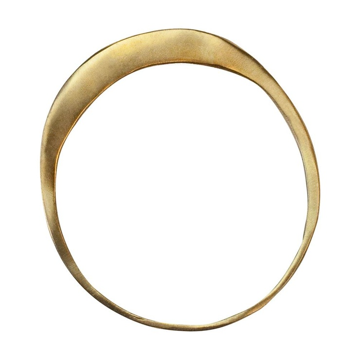 Tapered bangle: Kendall Conrad, Taper Bangles, Beautiful Rings, Simple Rings, Brass Taper, Gold Rings, Art Jewelry, Bling Bling, Bangles Brass