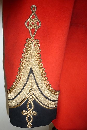 VICTORIAN LT. COLONEL'S TUNIC OF THE MADRAS STAFF CORPS, 1861.