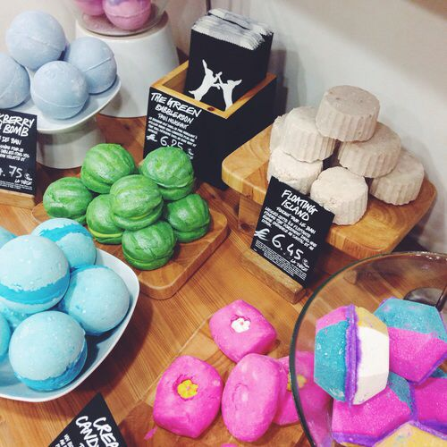 how to use a bubbleroon from lush
