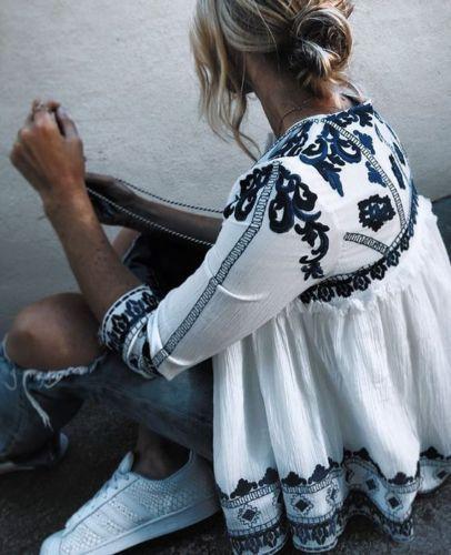 Lindas blusas que puedes usar para tus outfits de diario http://beautyandfashionideas.com/lindas-blusas-puedes-usar-tus-outfits-diario/ Beautiful blouses that you can wear for your diary outfits #blusas #Fashion #Fashiontips #Lindasblusasquepuedesusarparatusoutfitsdediario #Moda #Outfits #outfitsconblusas #Tipsdemoda