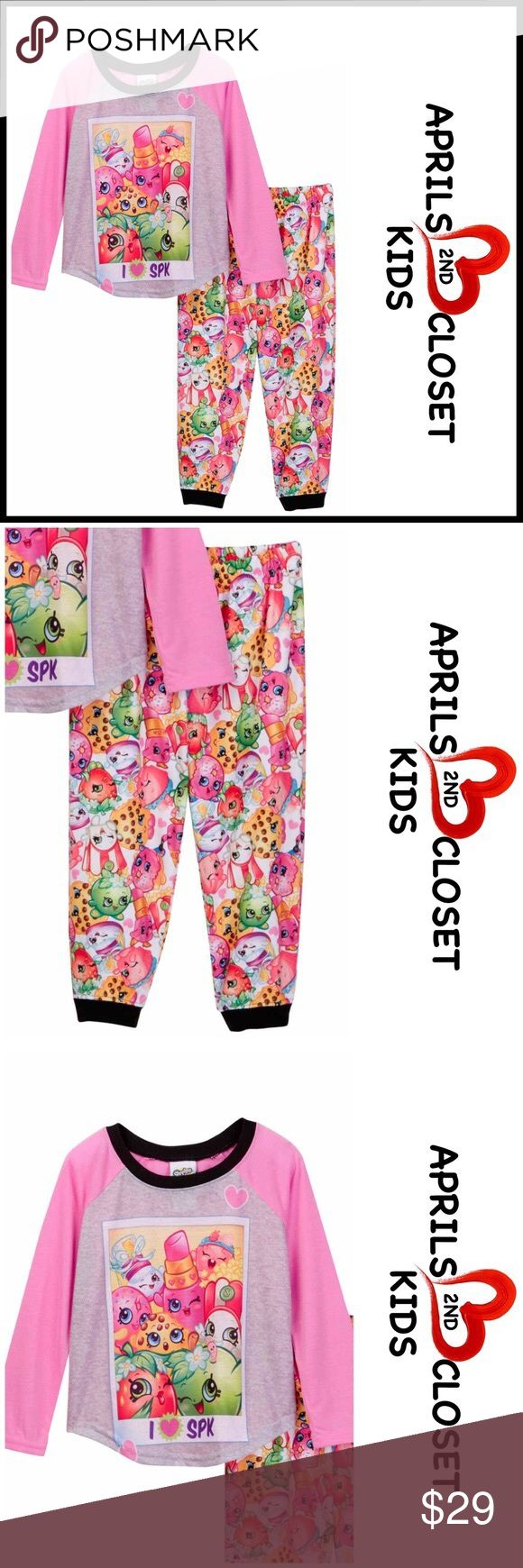 SHOPKINS PJS Pajama Set 💟NEW WITH TAGS💟  SHOPKINS Pajama Set  * Super soft & comfy  * 2 piece set  * Ribbed trim  * Long sleeve top  * Front graphic print   * Elastic waist pants & jogger cuff   Material: 100% cotton Color: Heart pink  Item# Search words #   🚫No Trades🚫 ✅ Offers Considered*✅ *Please use the blue 'offer' button to submit an offer. Shopkins Pajamas Pajama Sets