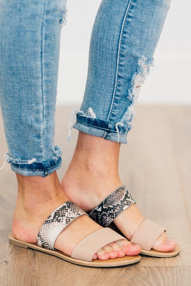 Women Sandals Ladies Outdoor Toe loop Casual Shoes Indoor Slip on Flats Vacation