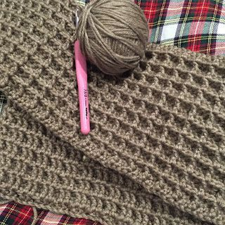♥ A couple of weeks ago I finished my Waffle Stitch blanket and I have to say,I think it has been one of favourite blanket makes so far.  I've been wanting to try this particular stitch for some time