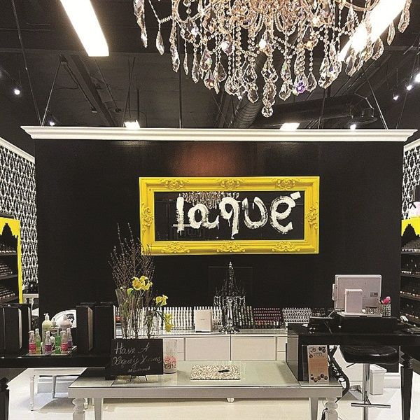 Foyer Luxury Nails : Clients get the royal treatment at laqué nail bar salon