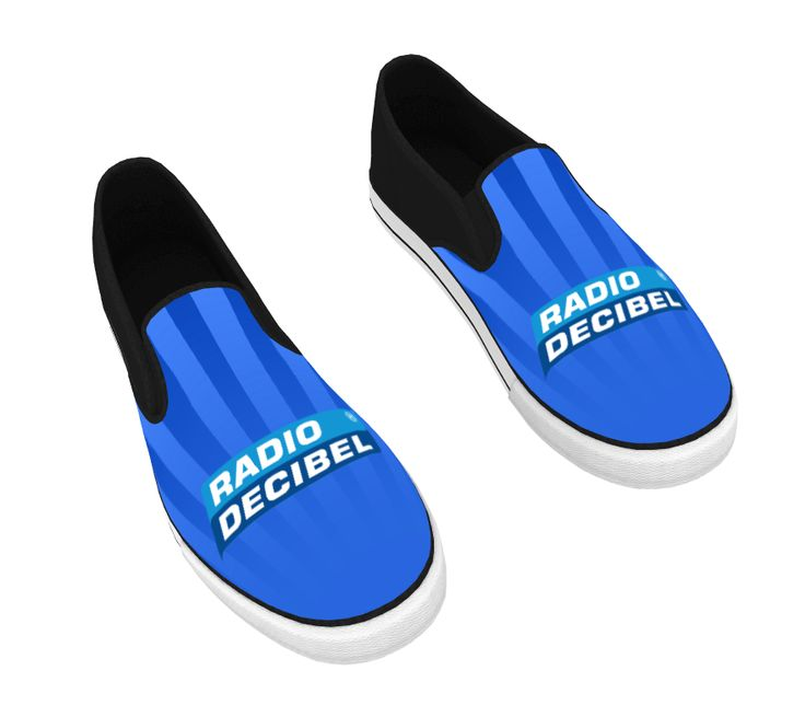 Sneakers met logo, leverbaar met eigen ontwerp per stuk leverbaar. Deze sneakers zijn te zien op stand 440.