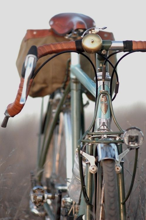 Bicycle, cool, vintage, rugged, clean, saddlebags, ride, fresh air, exercise.