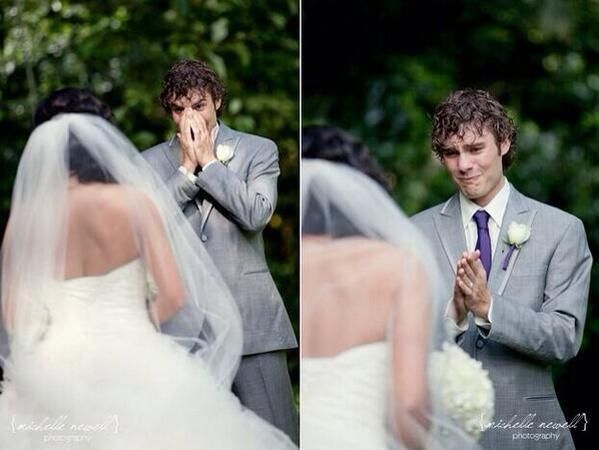 groom's first reaction after seeing the bride