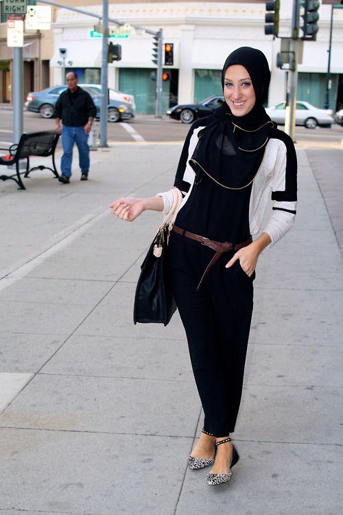 missatiktive: In Vela's Zipper Edge scarf! Overalls: Zara