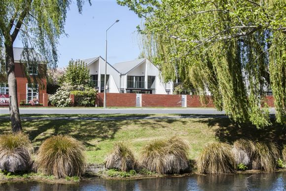 SOLD AT AUCTION: Christchurch Central, Christchurch NZ (Auction 9th June)