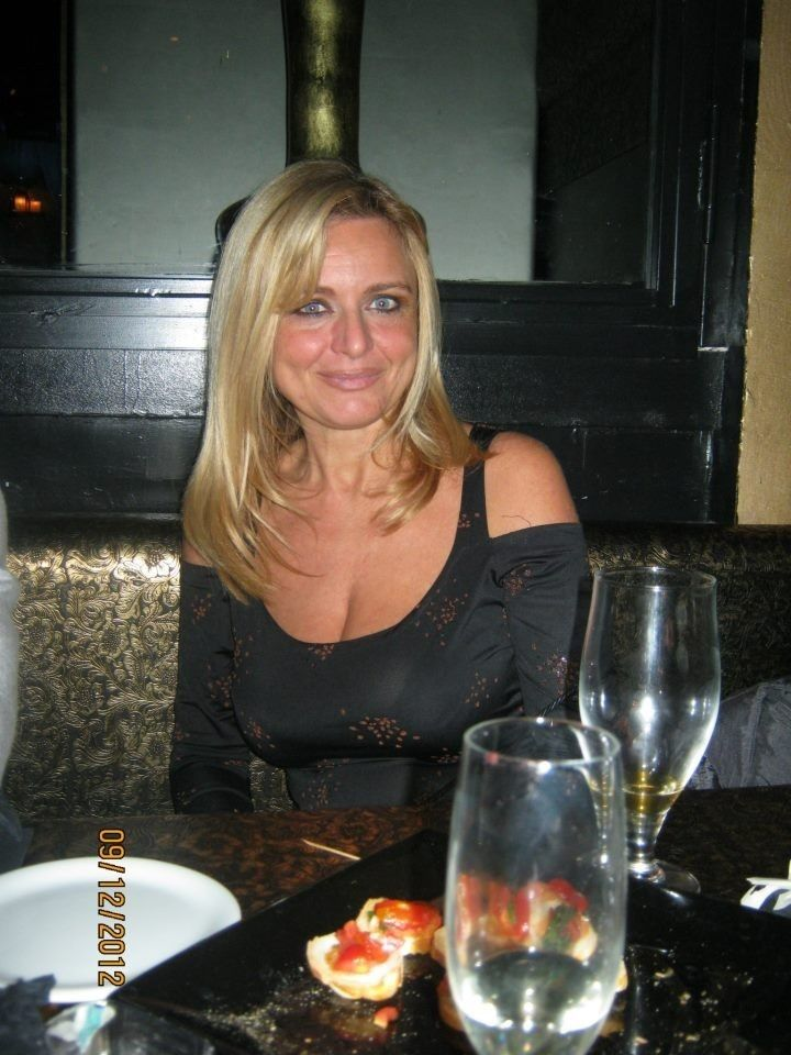 dating for women older 40 Mature singles find a free over 40 dating site liberating and fun the single men and single women that you will meet on a popular free dating site could be.