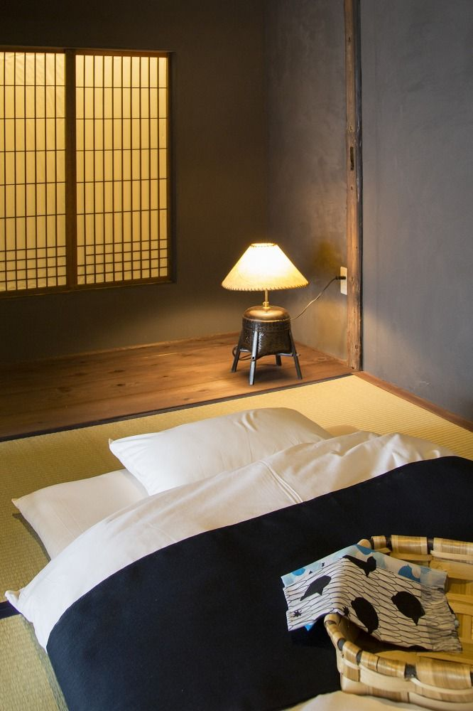 Best 25 tatami room ideas on pinterest washitsu tatami for Japanese tatami room design