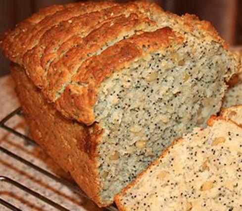 Хлеб с маком.