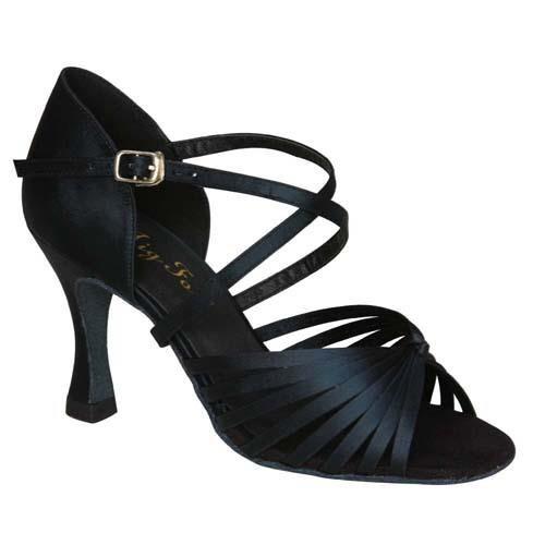 Чёрные бальные туфли для юниоров картинки