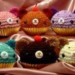 Osos amigurumis con base de cupcakes