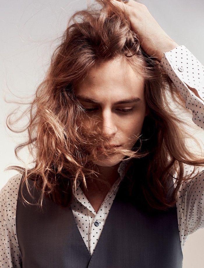 Coiffure Homme Cheveux Longs Criniere Domptee Ou Pas Mode