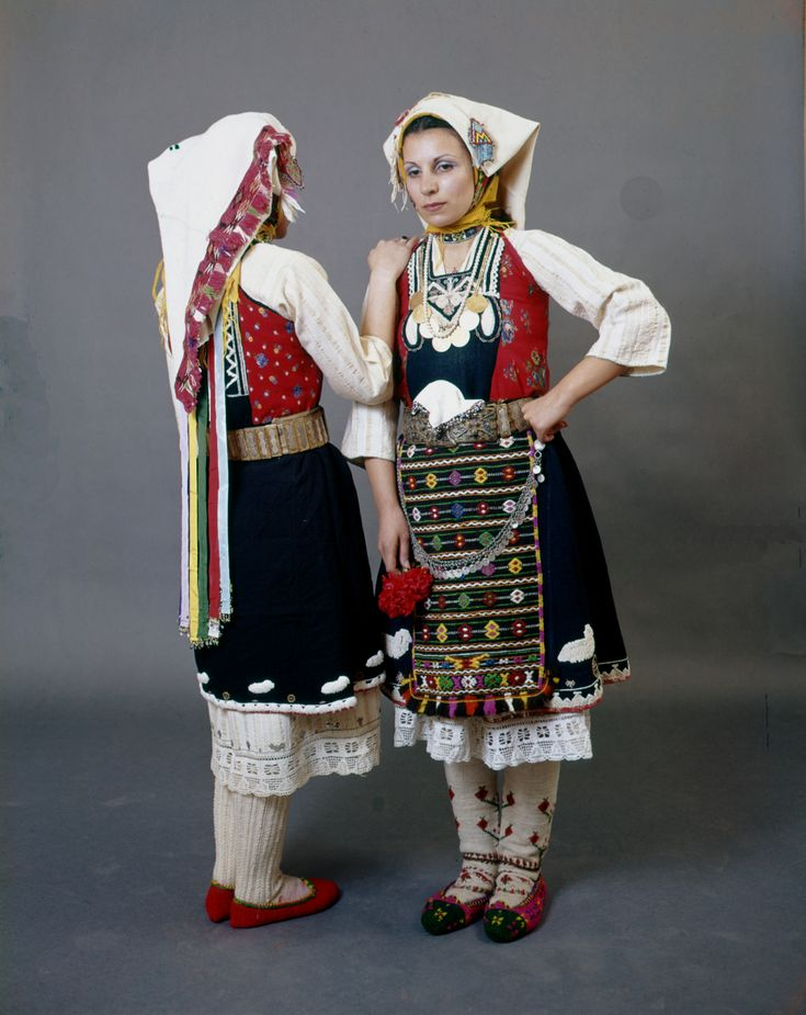Bridal dress from Karoti in the Evros region of Thrace. Early 20th century. Peloponnesian Folklore Foundation, Nafplion, Greece.