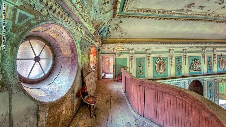 تجو ل داخل أروع القصور السرية Haunted Images Mystery Photos Abandoned