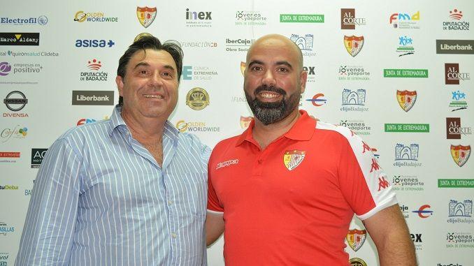 El equipo masculino del Santa Teresa Badajoz competirá la temporada 2017/2018 en Primera División Extremeña. Un paso muy importante en la historia del club tras la fusión con el Deportivo Pacense.