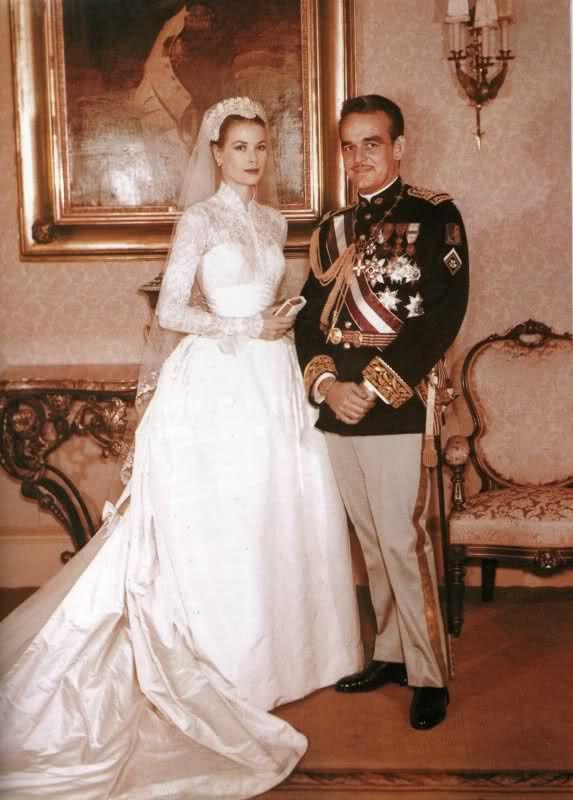 249 best Grace Kelly wedding day images on Pinterest | Grace o ...
