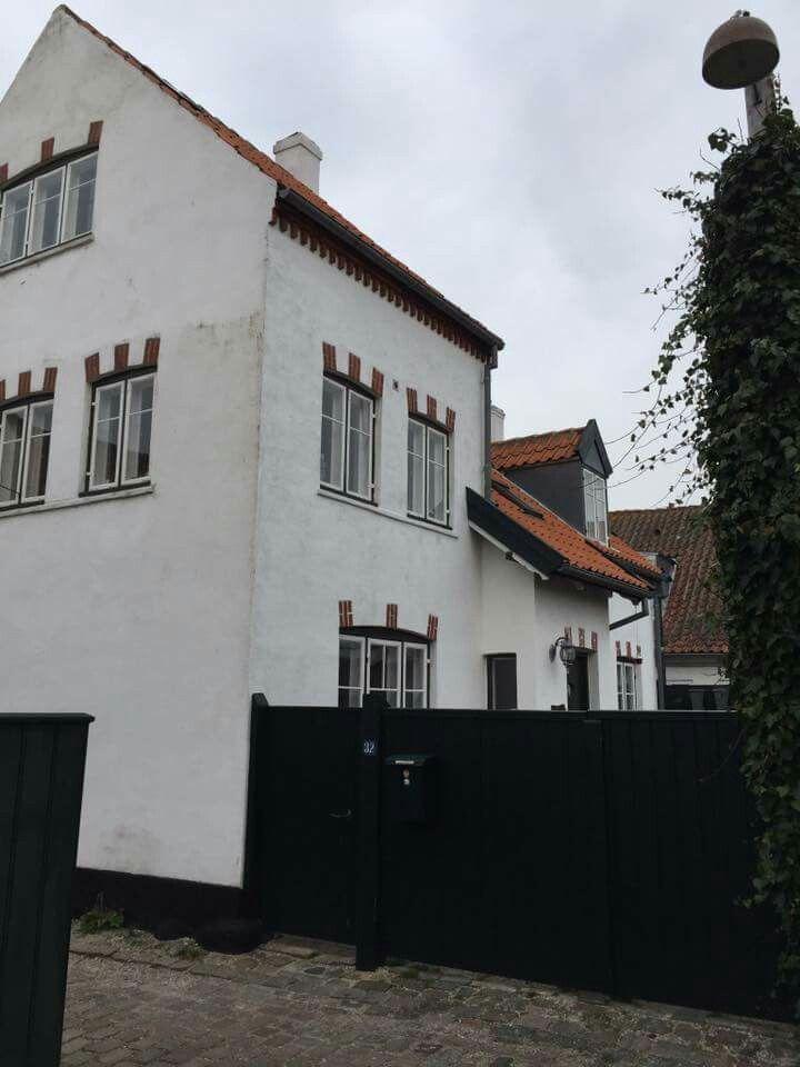Petros hus, Strandstræde 32