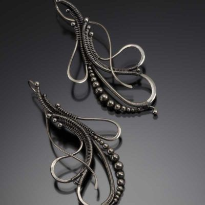Jewelry, Wire Weaving, and Family: Sarah Thompson Shares Her Passion and Wire Expertise - Interweave