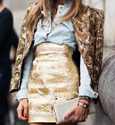 that'd be Balmain's poster child #EricaPelosini in glittering gold. Paris.