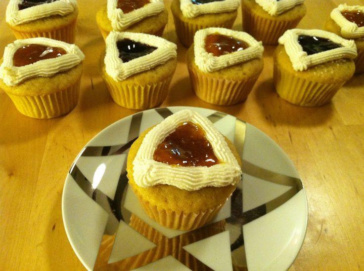 Adventures in Cupcakery: Happy Purim! Hamantashen Cupcakes