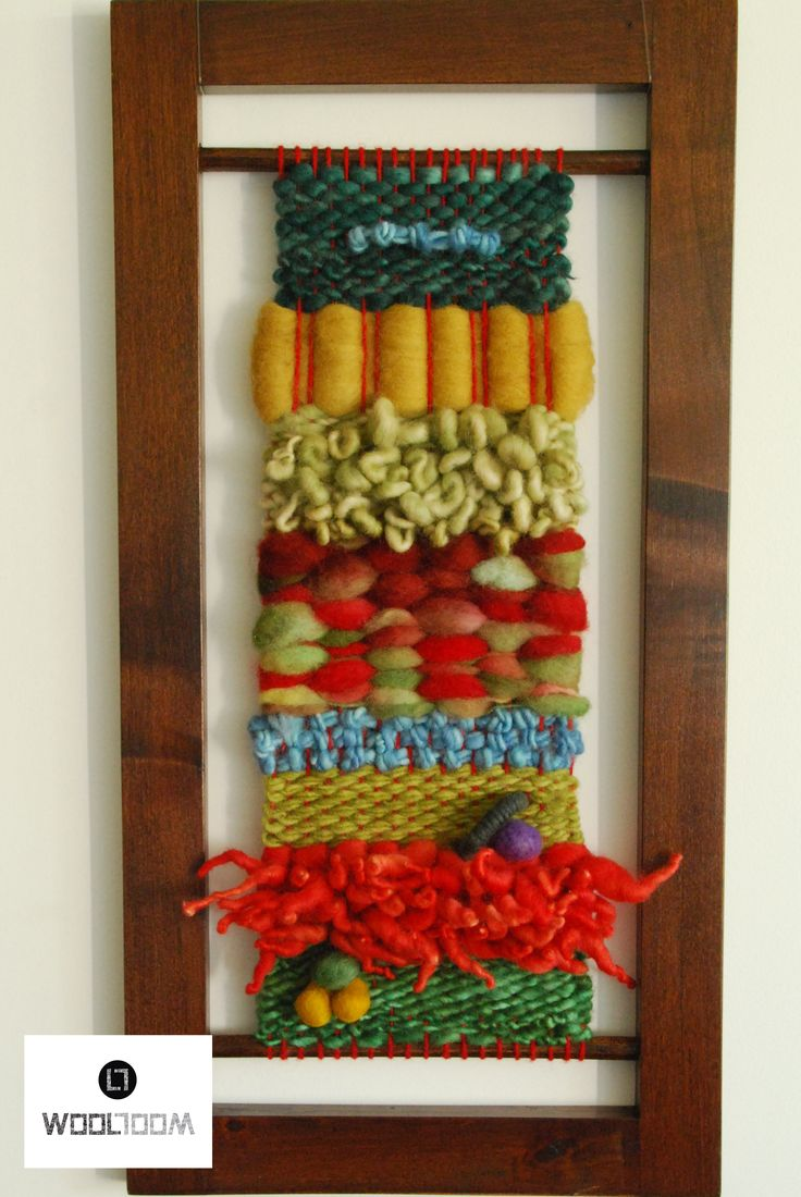 A piece of wool to fusion colorful paintings - Hand woven wall hanging // weaving // telar decorativo made by WooL LooM                                                                                                                                                                                 Más