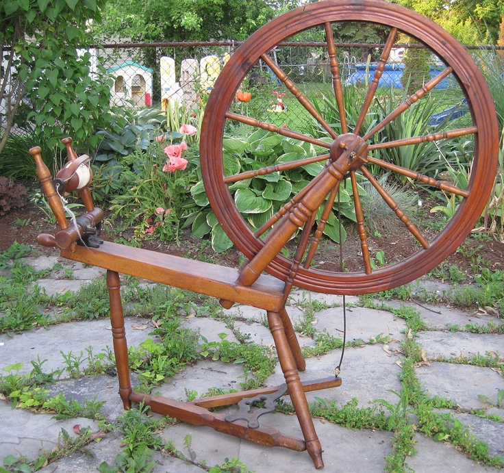 Canadian Production Wheel, made in Quebec by Philias Cadorette near the beginning of the 20th centuryWood Work, Canadian Products, Wheels Spinning, Philia Cadorett, Spinning Wheels, Fiber Stuff, 20Th Century, Wheels Turn, Products Wheels