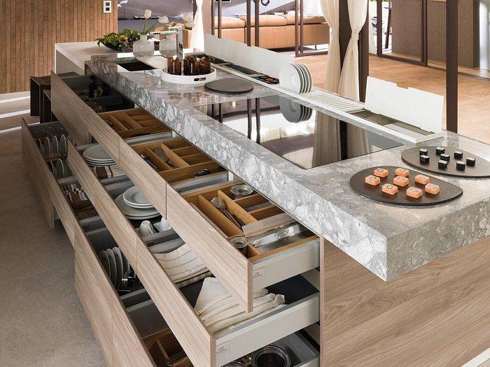 Stauraum für Geschirr und Besteck - Kochinsel mit Schubladen