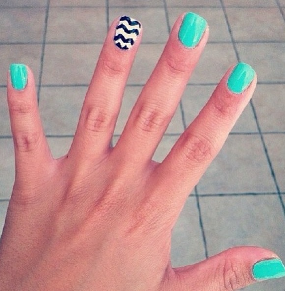 Aqua Nails With A Black And White Zig-zag Accent Nail