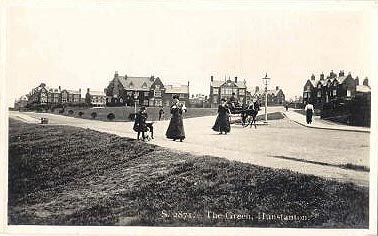 Images of Hunstanton in postcards - the Green & gardens