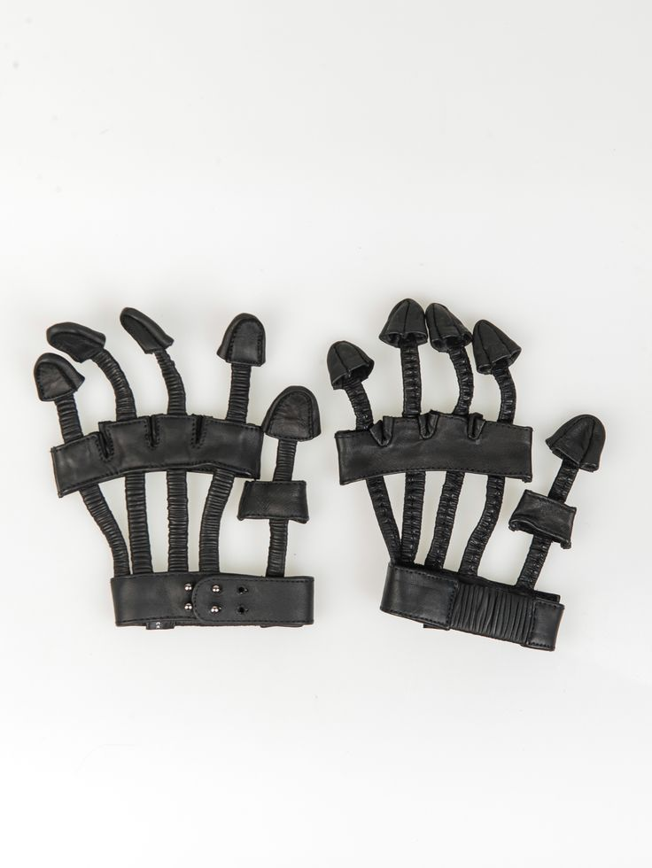 MAJESTY BLACK , Les Skeleton Eldiven #shopigo#shopigono17#womenswear#ss15#madonna#majestyblack