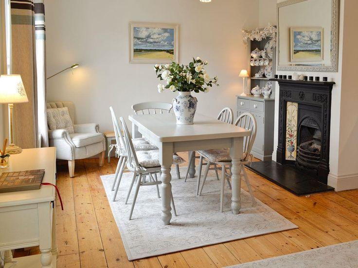 Shabby and Charming: A cottage by the sea in Cornwall