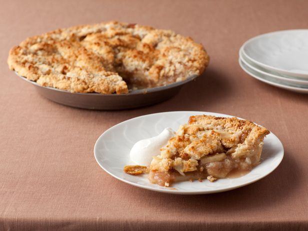 Crunch Top Apple Pie recipe from Paula Deen. Super easy and really delicious! Mix your apples for more flavor. I use chunky, natural applesauce and a dash more cinnamon.