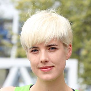 Agyness Deyn's Quasi Bowl Cut A bleached, quasi bowl cut pixie? Who knew this could work? (Apparently, Agyness and her hairdresser.)