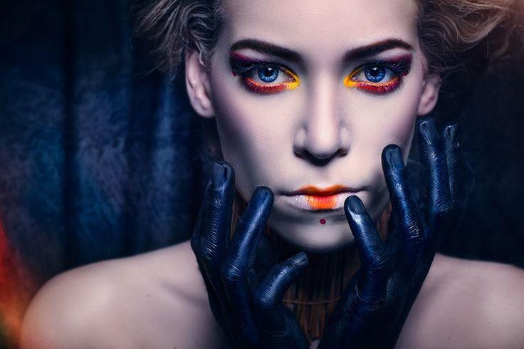 Photographer: Andreas Bübl Photographer Makeup: Miyu - Make Up Artistry & Photography Model: Leslie Hanzl - Model & Actress
