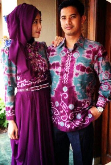Cool couple batik sarimbit, love the purple