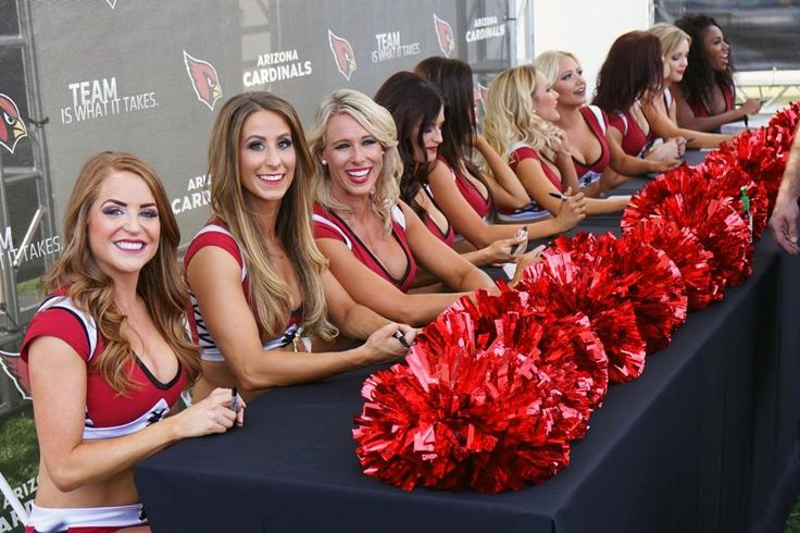 The 2015 Cardinals cheerleaders made their first appearance as a team at the draft party