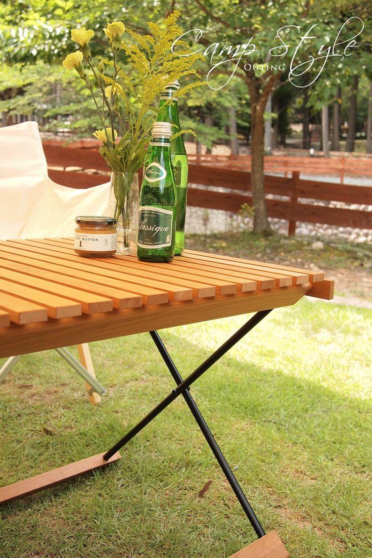 キャンプギア】DOOGOO×OUTING 「ロールトップテーブル「T-01」OUTING ... 上質でコンパクト。美しいデザインと木材。