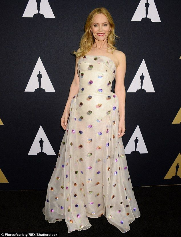 Leslie Mann - Scientific and Technical Awards