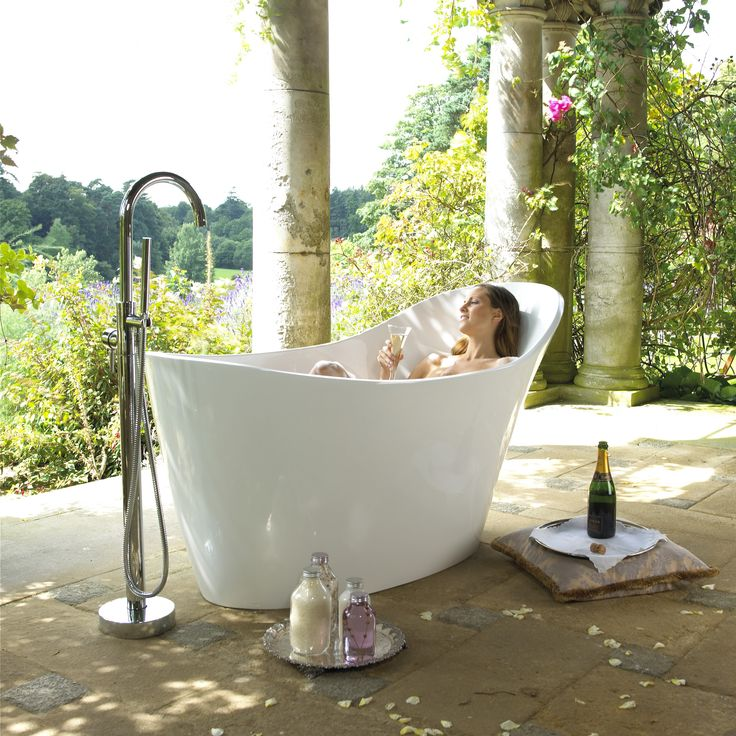 Free standing baths and the outdoors... What could be better?