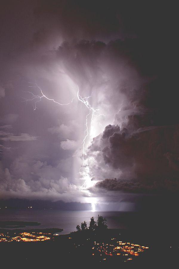 Catatumbo Lightning at the mouth of Lake Maraicaibo in Venezuela